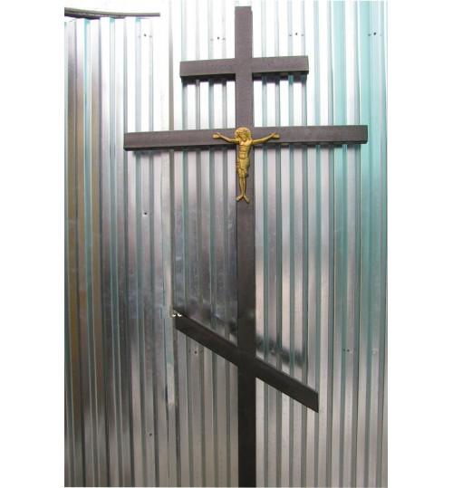 Крест на могилу кованый T-006